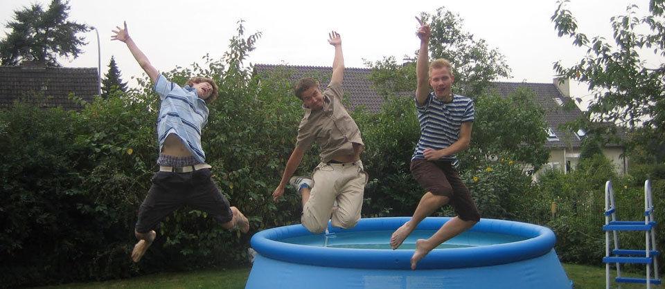 Ein absolut ungestelltes Fotos von uns Dreien im Tönsingland.